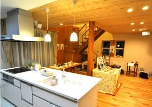 写真:名寄市 H様邸 〜リビング階段のある木のぬくもり溢れるお家〜(2)