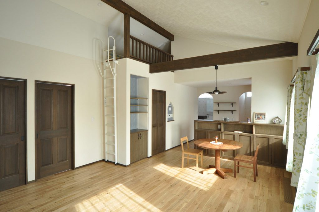 写真:下川町 SW様邸~使いやすい造作家具と手づくり感のある北欧風のお家~(1)